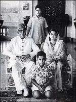 Liaquat Ali Khan with family