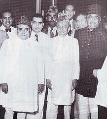 Khawaja Nazimuddin with other politicians