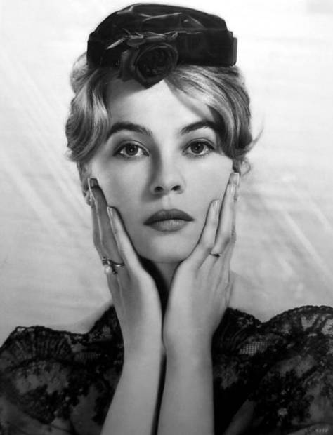 Leslie Caron in The Reef