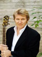 Rik Emmett Latest Photo