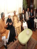 Shaykh-ul-Islam condoles with Chaudhry Shujaat Hussain