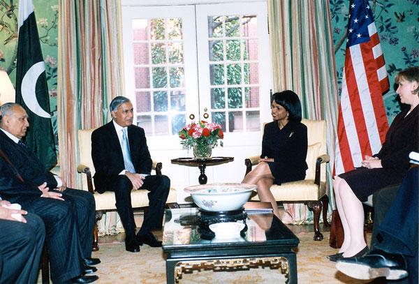 Shaukat Aziz with C. Rice