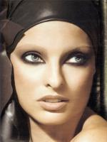 Linda Evangelista Latest Wallpaper