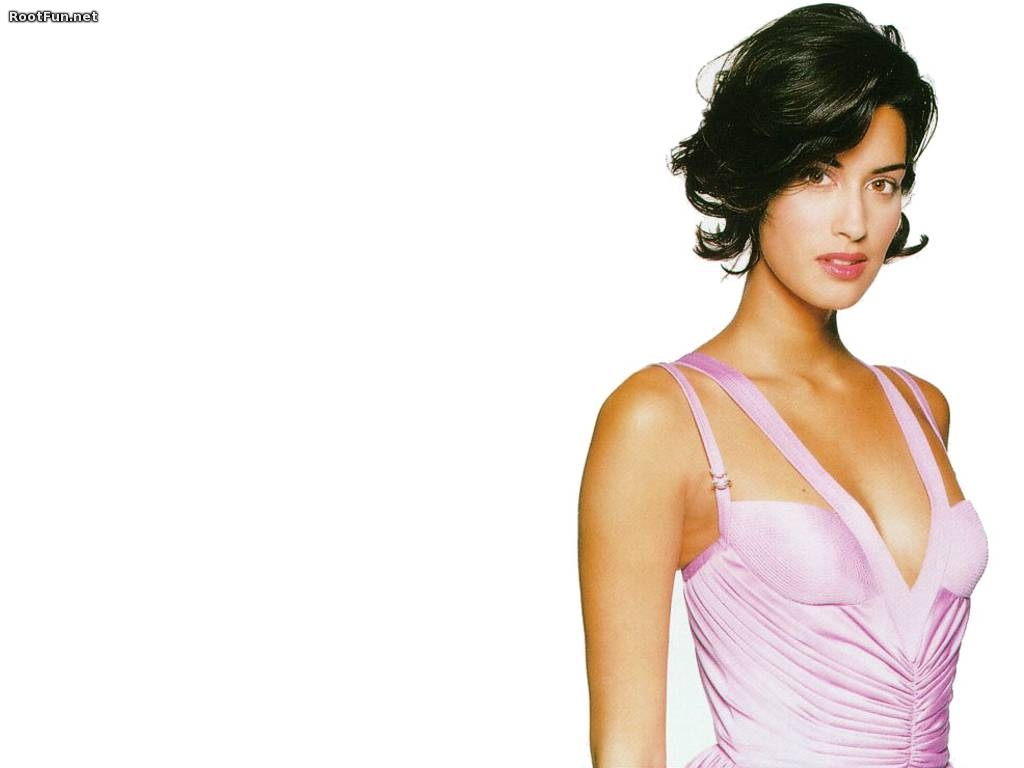 Yasmeen Ghauri Latest Wallpaper