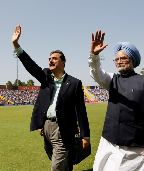 Yousaf Raza Gillani with Man Mohan Singh