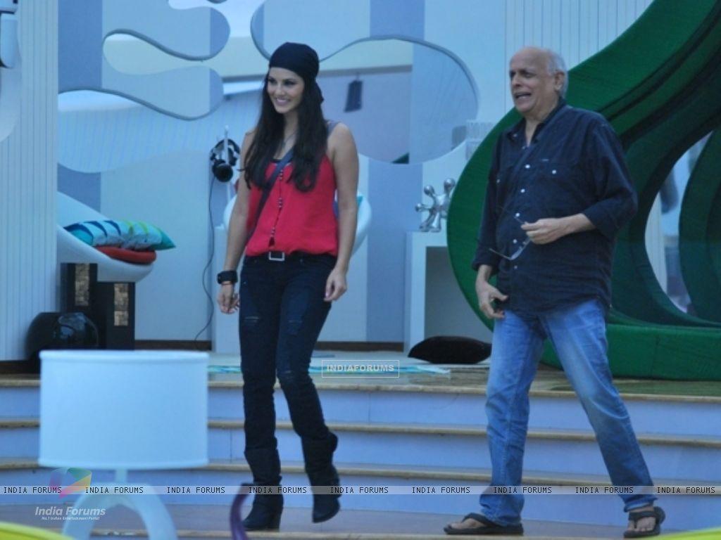 Sunny Leone takes Mahesh Bhatt inside the Bigg Boss house