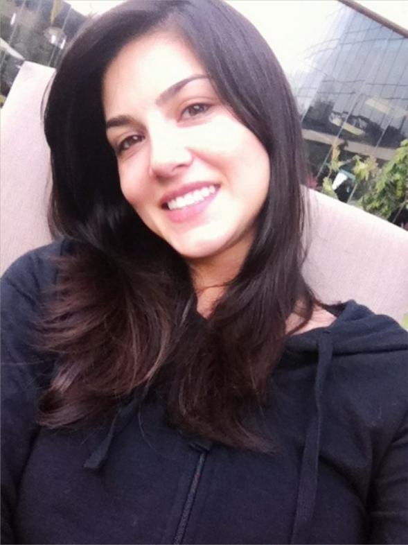 Sunny leone without makup