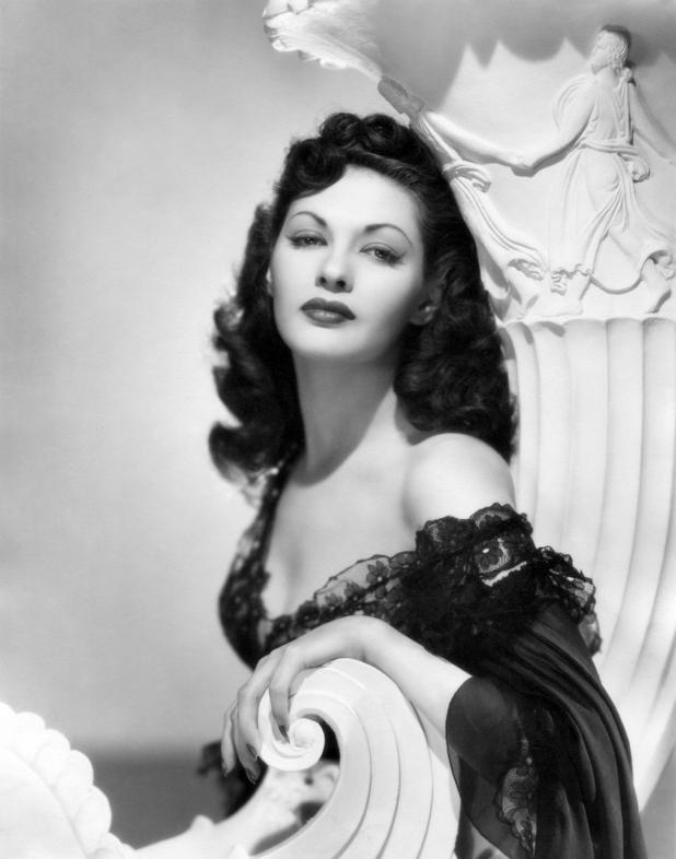 Yvonne DeCarlo HD Images