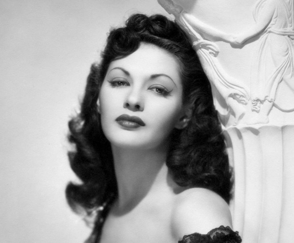 Yvonne DeCarlo Latest Wallpaper