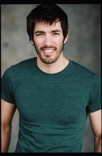 Drew Scott Latest Photo