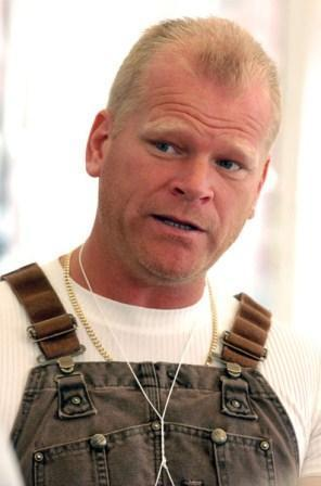Mike Holmes Latest Wallpaper