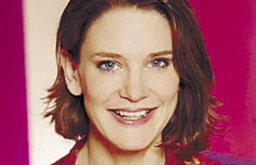 Susie Dent Latest Photo