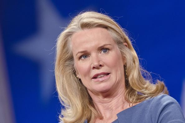 Katty Kay Latest Wallpaper