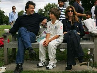Rare photos of imran khan with his family