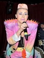 Courtney Rumbold HD Images