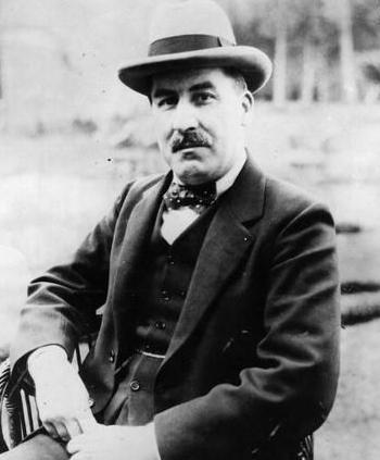 Howard Carter Latest Photo