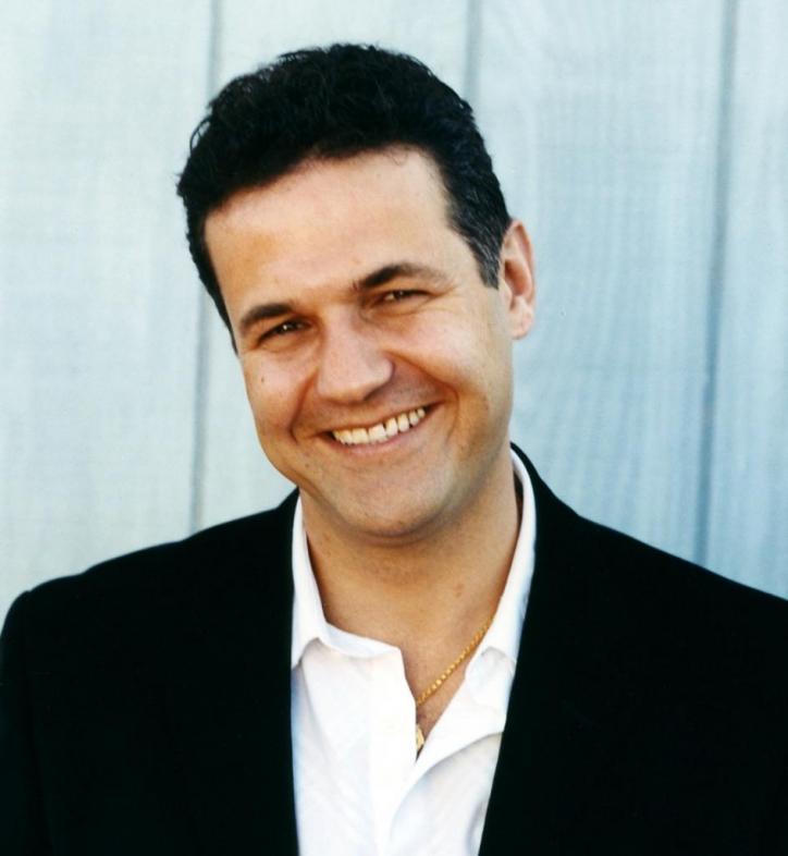 khaled hosseini profile biodata updates and latest