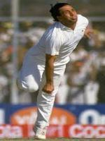 Abdul Qadir Best bowling.jpg