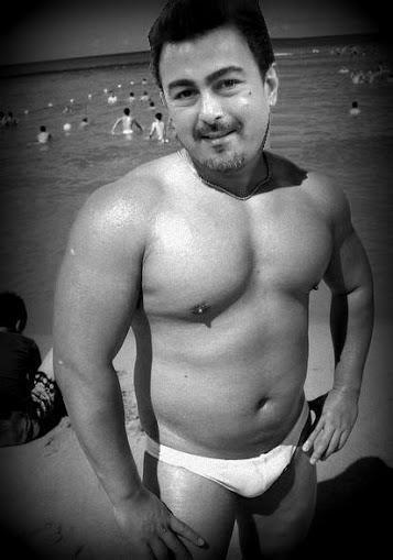 Shaan Shahid on beach