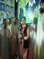 Rana Muhammad Afzal Khan Reciving Gifts