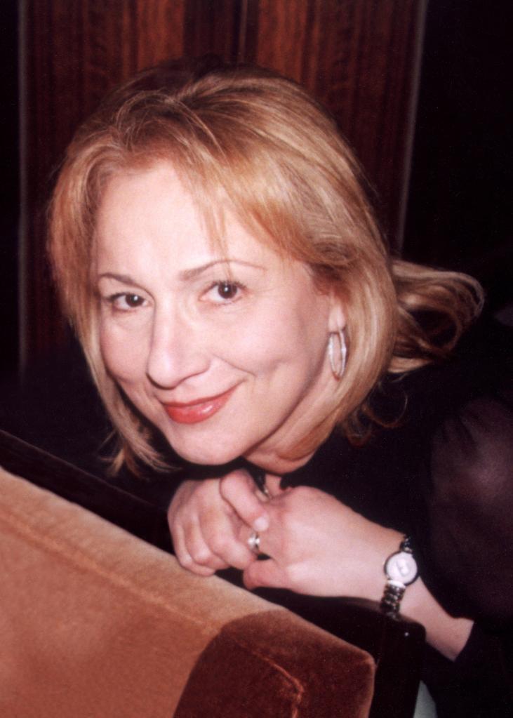 Mimi Leder net worth