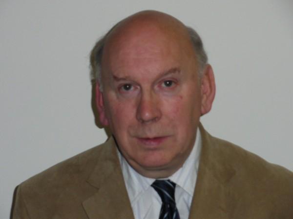 Peter Adams Net Worth