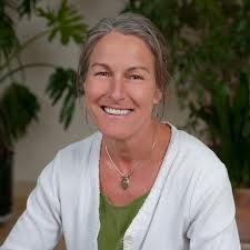 Mary Gail Artz Net Worth