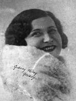 Yvonne Banvard
