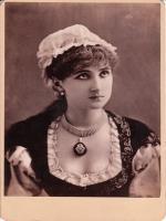 Lily Branscombe