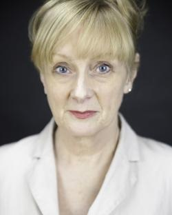 Eithne Browne Net Worth