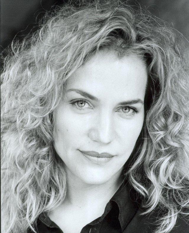 Jennifer Calvert Net Worth