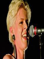Robyn Carlsson