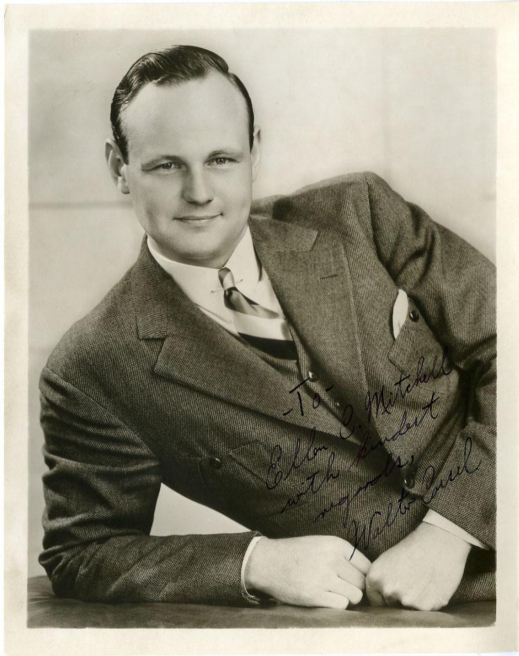 Walter Cassel Net Worth