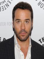 Jeremy Piven Photo Shot