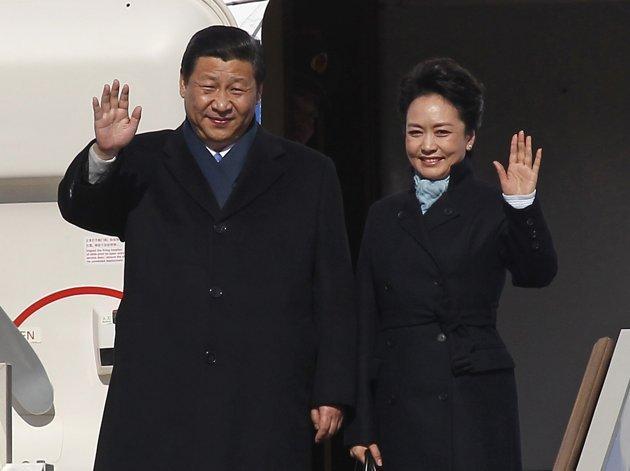 Xi Jinping and Peng Liyuan Picture