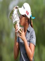 Lydia Ko Wins Trophy