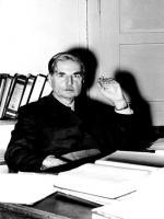 Walter H. Schottky in Office
