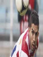 Abdelmoumene Djabou hitting Ball