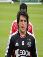 Nicolás Lodeiro during match