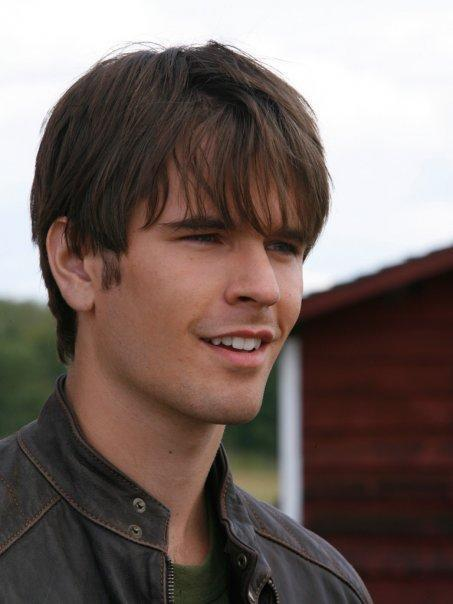 graham wardle is he married