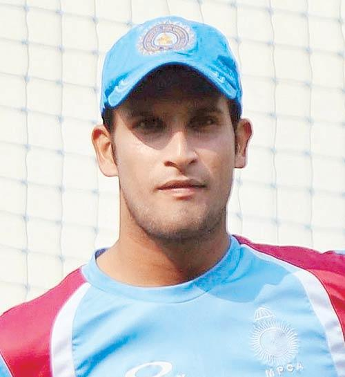 Ishwar Pandey Raising Pune Supergiants IPL9 team player