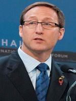 Peter Mackay