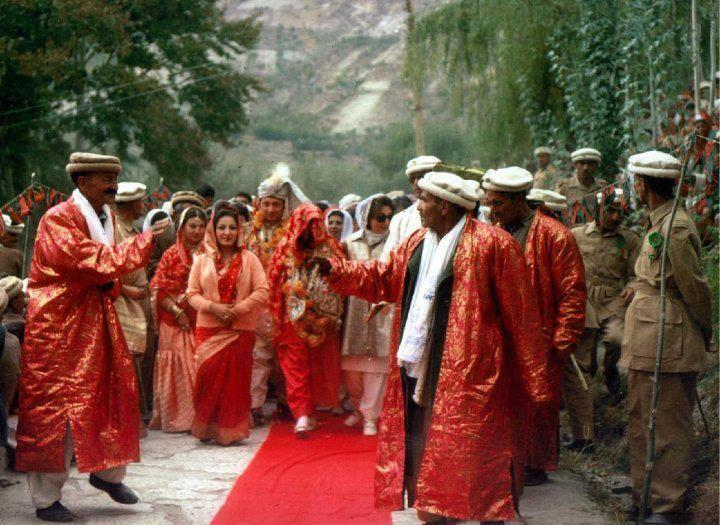 Wedding photo of Mir Ghazanfar Ali Khan in early 1970z