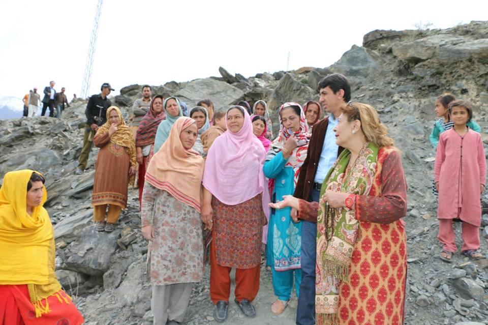 MLA Rani Atiqa Ghazanfar, visited the flood affected area of Oshikhand