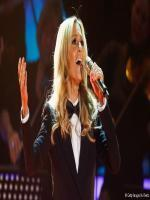 Helene Fischer in Dress Suit