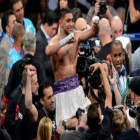 Amir Khan Takes Down Luis Collazo Easily Become Welterweight Champion