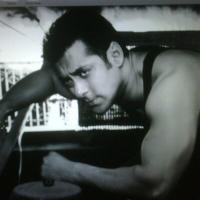 Salman Khan Had twitted For Akshay Kumar's Flim Rustam