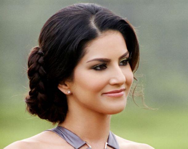 Sunny Leone to Host Splitsvilla Season 7