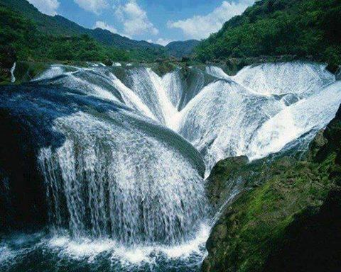 Pearl waterfall, China... have you ever seen such an amazing waterfall