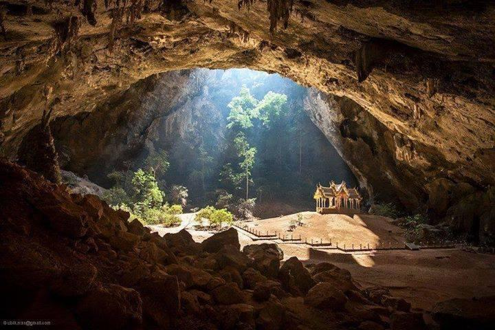 A temple inside a cave in Thailand... isn't that amazing